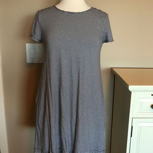 GAP blue and white striped t-shirt dress